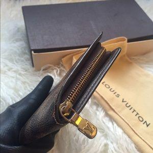 Louis Vuitton Bags - Authentic Louis Vuitton Long zippy wallet